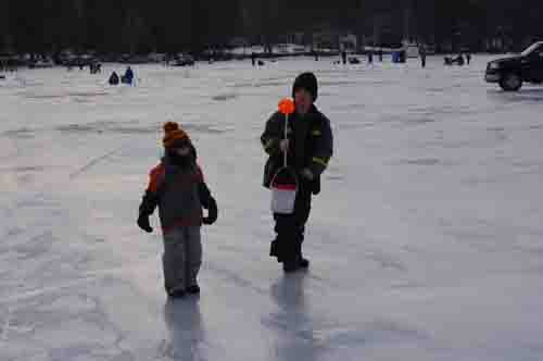 Jack traps 3rd annual youth ice fishing derby photos for Maine ice fishing derbies
