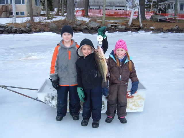 More photos from the jack traps youth ice fishing derby for Maine ice fishing derbies